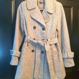 Suzy Shier Long Wool Houndstooth Coat